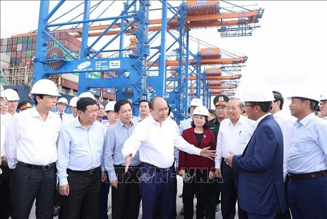 Thủ tướng Nguyễn Xuân Phúc: Tập trung phát triển cảng Cái Mép - Thị Vải ngang tầm khu vực vào năm 2030