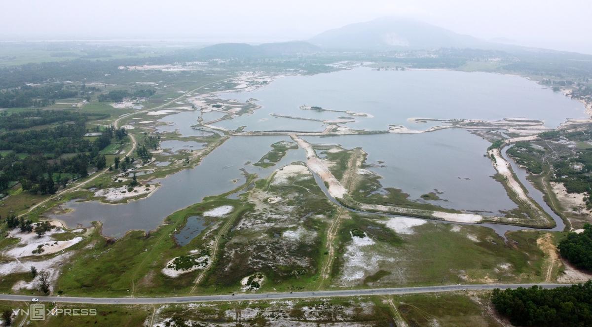 Mỏ sắt lớn nhất Đông Nam Á bỏ hoang