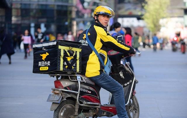 Hơn 60.000 thạc sĩ Trung Quốc làm nghề shipper
