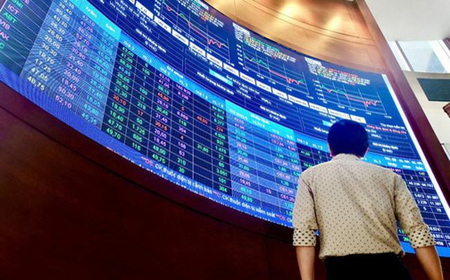 Thêm 3 doanh nghiệp dừng giao dịch cổ phiếu trên HoSE để chuyển sang HNX