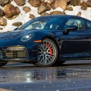 Porsche 911 sẽ không có bản chạy điện trong 10 năm tới