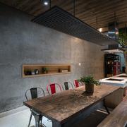 Thiết kế bếp làm không gian chính trong ngôi nhà chỉ có bề ngang 4 m
