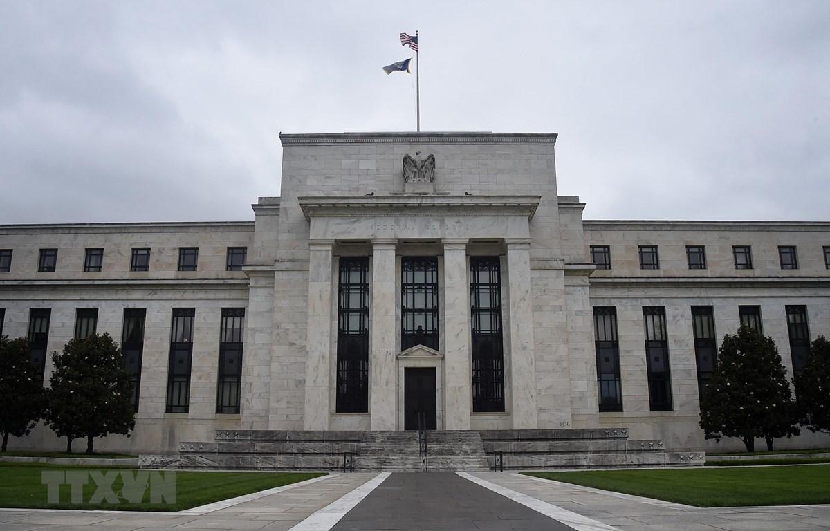 Giới chuyên gia kinh tế Mỹ: Fed sẽ tăng lãi suất sớm hơn dự kiến