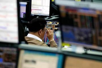 Chứng khoán châu Á giảm, thị trường theo dõi lĩnh vực công nghệ