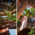 """<p class=""""Normal""""> Các tấm pin mặt trời và bộ thu nước mưa cũng tham gia vào quá trình thiết kế bền vững. Những khung cửa sổ rộng lớn, những khe hở bằng gốm xen kẽ được kết nối bởi khu rừng trong nhà tạo nên một khung tranh sống động nhiều lớp.</p>"""