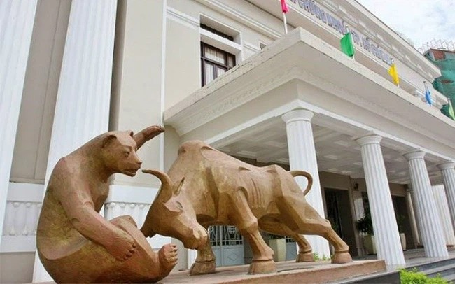 Bán ròng rã, tỷ lệ sở hữu của khối ngoại với cổ phiếu Việt Nam giảm xuống mức thấp nhất trong vòng 3 năm
