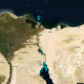 """<p> <span style=""""color:rgb(0,0,0);"""">Kênh Suez nối giữa Biển Đỏ và Địa Trung Hải, giúp các tàu rút ngắn đáng kể thời gian di chuyển thay vì phải đi vòng qua châu Phi. Ảnh: <em>BBC.</em></span></p>"""