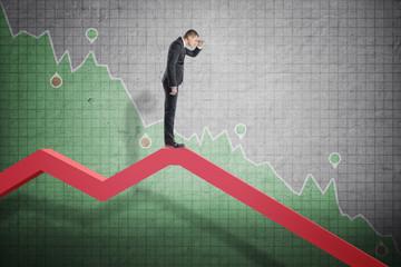 Cổ phiếu lớn đồng loạt lao dốc, VN-Index giảm gần 22 điểm