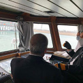"""<p class=""""Normal""""> """"Chiến dịch giải cứu bằng tàu kéo đã được triển khai và hy vọng Ever Given sớm được giải phóng nhưng có thể phải mất đến vài ngày"""", Ralph Leszczynski, giám đốc nghiên cứu tại công ty môi giới tàu biển Banchero Costa &amp; Co, cho biết.<br /><br /> Tàu Ever Given nhìn từ một tàu gần hiện trường. Ảnh: <em>AP.</em></p>"""
