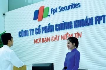 FPTS dự kiến tăng vốn lên gần 1.500 tỷ đồng, chuyển giao dịch sang HNX