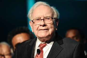 Tại sao những người siêu giàu như Warren Buffett lại không bán công ty và nghỉ hưu cho 'khỏe'?