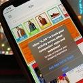 <p> App Tracking Transparency trên iOS 14.5 là chính sách mới của Apple, buộc ứng dụng hỏi ý kiến người dùng trước khi theo dõi họ trên các ứng dụng và website khác, phục vụ hướng đối tượng quảng cáo và đo lường hiệu quả marketing. Trước đó, phiên bản iOS 14.3 đã bổ sung danh sách dữ liệu được ứng dụng thu thập trên App Store. Ảnh: <em>Beebom.</em></p>