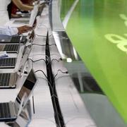 Asus và Acer tăng giá máy tính xách tay