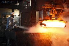 Trung Quốc tăng cường giảm ô nhiễm, giá thép tăng, quặng sắt giảm