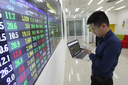 Nhiều yếu tố cần xem xét để nâng hạng thị trường chứng khoán Việt Nam. Ảnh: VOV.