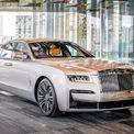 <p> Rolls-Royce Motor Cars Kuala Lumpur, nhà phân phối thương hiệu Rolls-Royce tại Malaysia vừa giới thiệu đến khách hàng thế hệ thứ 2 của dòng sedan siêu sang Ghost. Sau Singapore, Thái Lan và Campuchia, Malaysia là thị trường tiếp theo ở Đông Nam Á mà Rolls-Royce Ghost 2021 được trình làng.</p>