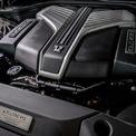 <p> Cả 2 biến thể của Rolls-Royce Ghost mới được trang bị động cơ V12 tăng áp kép 6.75L, công suất tối đa đạt 563 mã lực cùng mô-men xoắn cực đại 850 Nm. Với hộp số tự động 8 cấp và hệ dẫn động 4 bánh toàn thời gian, chiếc sedan siêu sang có thể tăng tốc 0-100 km/h trong 4,8 giây.</p>