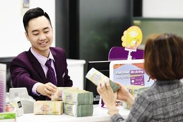 Tiền vào ngân hàng chậm lại, thanh khoản chưa đáng lo