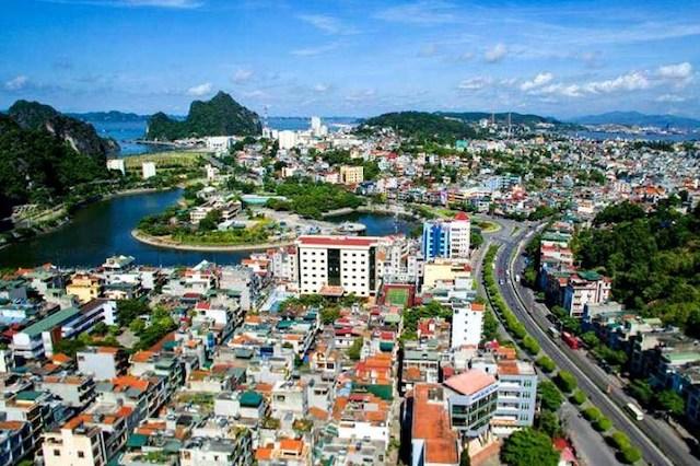 Một góc thành phố Hạ Long, Quảng Ninh.