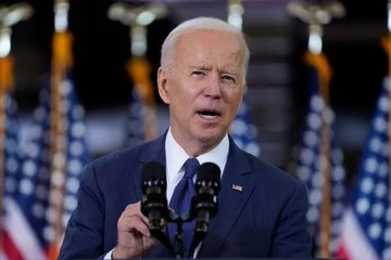 Biden công bố kế hoạch đầu tư 2.000 tỷ USD
