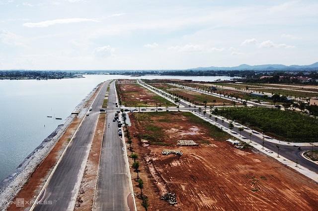 Một dự án khu đô thị ở huyện Núi Thành (Quảng Nam) đang rao bán với giá 9 triệu đồng một m2. Ảnh: Đắc Thành.