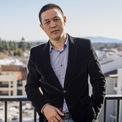 """<p class=""""Normal""""> <strong>William Li, Nio</strong></p> <p class=""""Normal""""> Tài sản: 6 tỷ USD</p> <p class=""""Normal""""> Thường được gọi là """"Elon Musk xứ Trung Quốc"""", William Li là nhà sáng lập startup xe điện Nio Inc - đối thủ của Tesla tại thị trường Trung Quốc. Với niềm đam mê ôtô, năm 2014, Li quyết định thành lập Nio với tiền đầu tư từ các hãng công nghệ lớn như Tencent, Baidu và Lenovo.</p> <p class=""""Normal""""> Năm 2016, tại triển lãm Saatchi (London, Anh), Nio ra mắt mẫu xe thể thao 2 cửa đầu tiên Nio EP9 và bán được 6 chiếc tại đây với giá 3,2 triệu USD/chiếc cho các nhà đầu tư. Tới năm 2017, công ty này nhận được đơn hàng đầu tiên.</p> <p class=""""Normal""""> Ngoài Nio, William Li cũng là nhà sáng lập Bitauto, công ty cung cấp nội dung web và dịch vụ marketing cho các doanh nghiệp ngành ôtô tại Trung Quốc. (Ảnh: <em>Bloomberg</em>)</p>"""