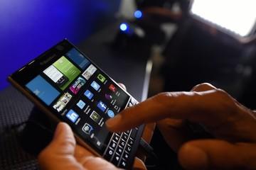 Vén màn chiếc điện thoại sắp ra mắt của BlackBerry