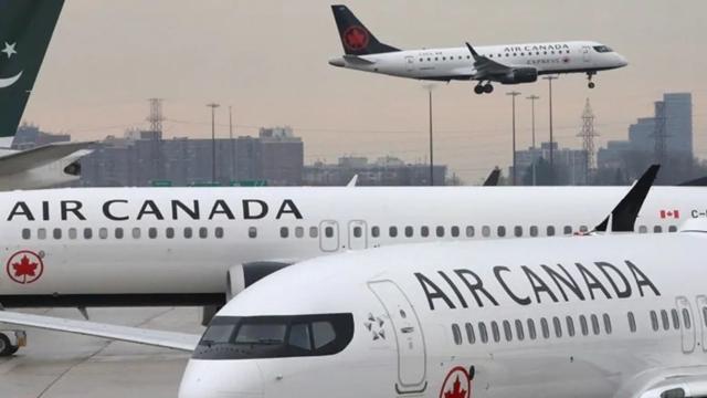 Máy bay của hãng hàng không Air Canada. Ảnh: Reuters