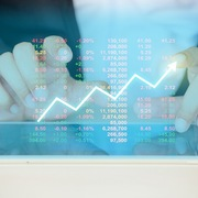SHB giảm sàn, VN-Index tăng gần 12 điểm