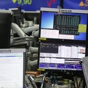 Chứng khoán châu Á trái chiều, Australia ra quyết sách lãi suất