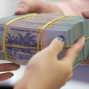 VDSC: Cổ phiếu ngân hàng có thể hưởng lợi từ dòng tiền ETF