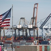 Kinh tế phục hồi có thể đẩy chi phí vận chuyển tăng đến năm sau