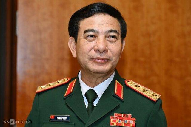 Thượng tướng Phan Văn Giang, Ủy viên Bộ Chính trị, Bộ trưởng Quốc phòng.