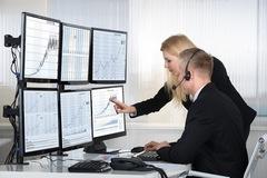Khối ngoại đẩy mạnh mua ròng 2.400 tỷ đồng trong tuần 5-9/4 nhờ đột biến giao dịch thỏa thuận