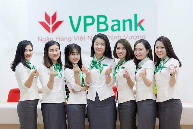 Ngân hàng muốn phát hành 15 triệu cổ phiếu ESOP cho nhân viên. Ảnh: VPbank.