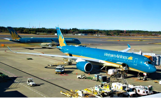 Đại diện Bộ Giao thông vận tải cho biết hiện chưa nhận được đề xuất về điều chỉnh khung giá từ Vietnam Airlines và việc điều chỉnh giá cần phải theo cơ chế thị trường.