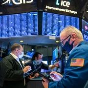 Lợi suất trái phiếu chính phủ Mỹ giảm, S&P 500 tiếp tục lập đỉnh lịch sử