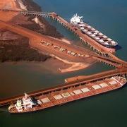 Trung Quốc dần thoát bóng Australia trong 'bài toán quặng sắt' như thế nào