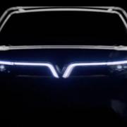 SUV chạy điện cỡ lớn VinFast VF e36 xuất hiện trên sóng truyền hình Mỹ