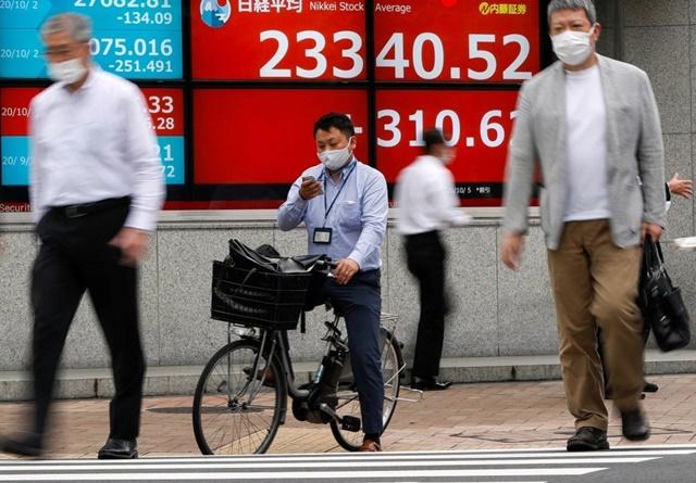 Các thị trường chứng khoán châu Á – Thái Bình Dương trái chiều trong phiên 12/4. Ảnh: CNBC.