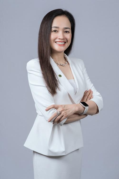 Bà Nguyễn Thị Trà My chia sẻ việc chuyển sàn niêm yết có những mục tiêu rõ ràng và một niềm tin cháy bỏng Advance Together.