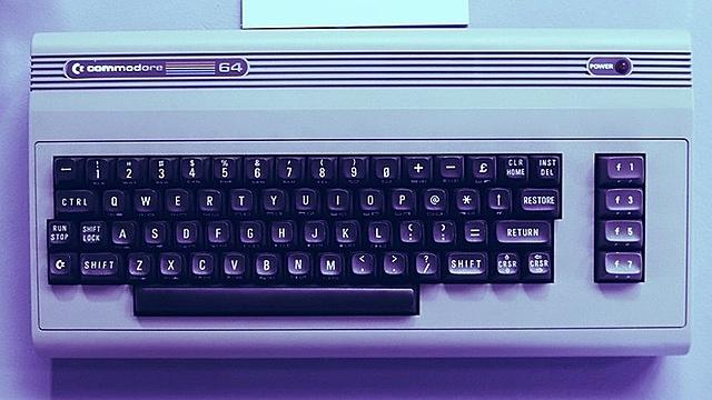 Máy tính Commodore 64 được dùng để khai thác Bitcoin. Ảnh: Decrypt.