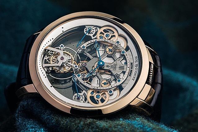 Sự chính xác của máy móc tạo nên nét quyến rũ riêng cho đồng hồ cơ học. Ảnh: WatchBandit.