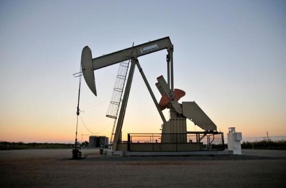 Lạc quan về tiến độ tiêm chủng tại Mỹ, giá dầu tăng