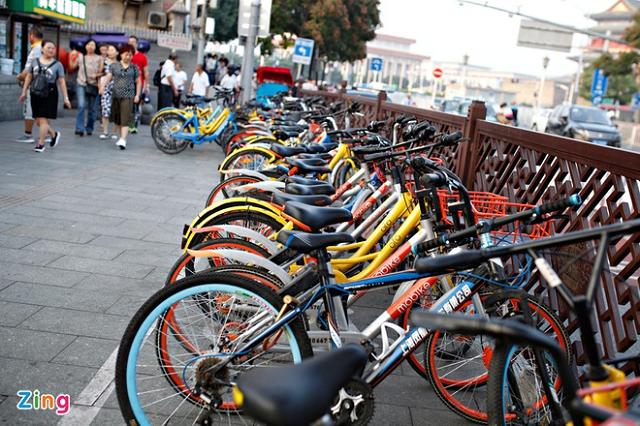 Việc triển khai thí điểm xe đạp công cộng ở quận 1 trong 12 tháng vừa được UBND TP HCM phê duyệt]