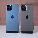 """<p> <strong>iPhone tốt nhất - 12 Pro Max</strong></p> <p class=""""Normal""""> 12 Pro Max vượt trội so với các mẫu iPhone còn lại của Apple. Máy có màn hình 6,7 inch, độ sáng 1.200 nit, chip Apple A14 Bionic sản xuất trên tiến trình 5 nm, RAM 6 GB, bộ nhớ từ 128 GB và hỗ trợ 5G. Smartphone này của Apple được nâng cấp nhiều về camera, là điện thoại đầu tiên sử dụng tính năng """"cảm biến dịch chuyển"""" để chụp ảnh.</p> <p class=""""Normal""""> Tuy nhiên, với nhiều người, kích thước của 12 Pro Max khá lớn và nặng. So với các smartphone khác trên thị trường, iPhone 12 Pro Max có giá khá đắt đỏ - từ 29 triệu đồng, chưa kể không kèm sạc và tai nghe trong hộp.</p>"""