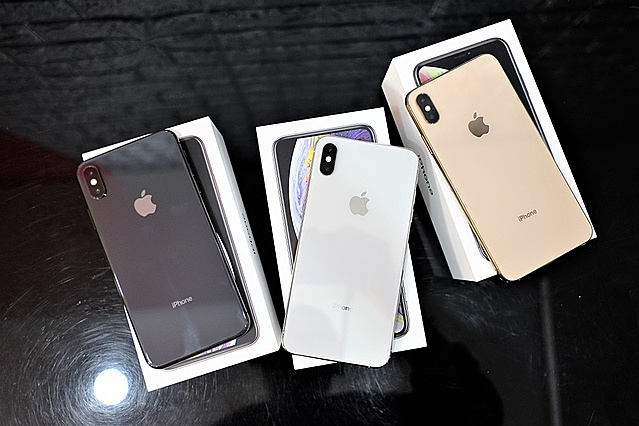 Nhiều mẫu iPhone qua sử dụng cũng được giảm giá trong mùa thấp điểm.