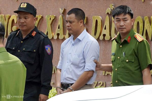 Petrolimex: 'Giám đốc Xăng dầu Long An bị bắt do sai phạm cá nhân'
