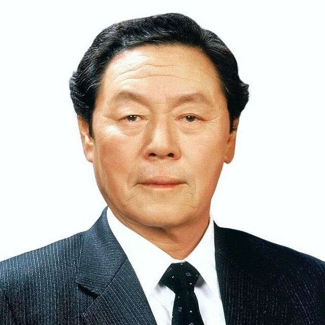 shin-choon-ho-1618468400-7791-4637-8895-