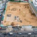 <p> Dự án được xây dựng trên diện tích gần 1,3 ha với 2 tòa tháp cao 30 tầng, tổng số 724 căn hộ và 6 tầng thương mại. Công trình còn có thêm các hạng mục như phố đi bộ trong nhà, hồ cảnh quan, thác nước tạo vườn treo.</p>